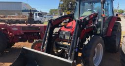 Massey Ferguson 4225 Cab Tractor with Trima Self levelling Loader