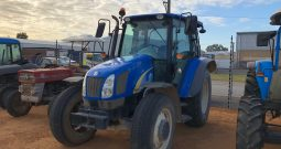 NEW HOLLAND T5050 4WD CAB TRACTOR