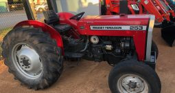 MASSEY FERGUSON 253 2WD ROPS TRACTOR