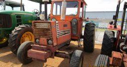 FIAT 880 CAB TRACTOR
