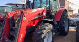 MASSEY FERGUSON 6612 4WD WITH SELF LEVELLING FRONT END LOADER