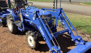 ISEKI 3240 DIESEL TRACTOR WITH SELF LEVELLING FRONT END LOADER full